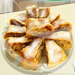 Play bavarian strudel html5 game